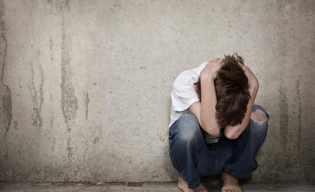 Muere un niño por hipotermia después de que su madre le dejara varias horas a la intemperie