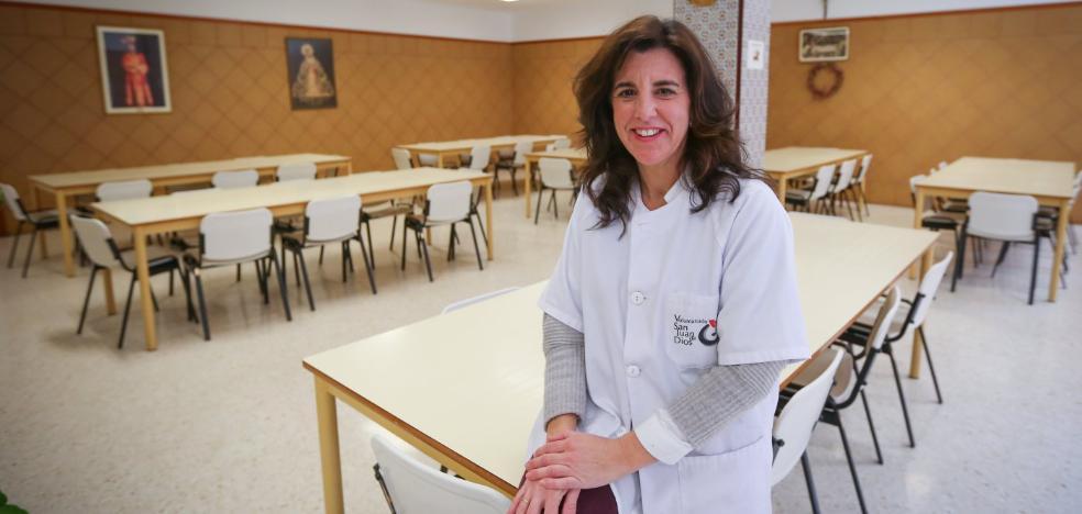 """""""Granada tiene unos recursos mínimos para atender a personas 'sintecho'"""""""