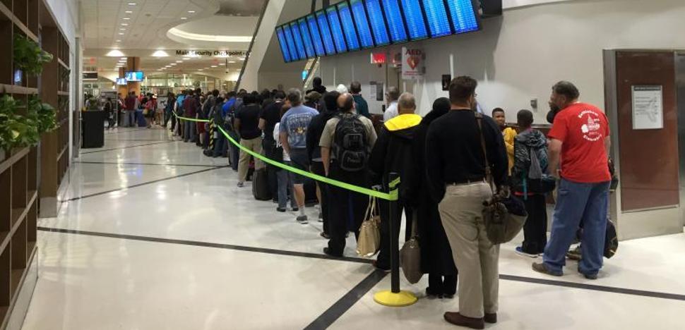 Un corte de luz en el aeropuerto de Atlanta obliga a cancelar miles de vuelos