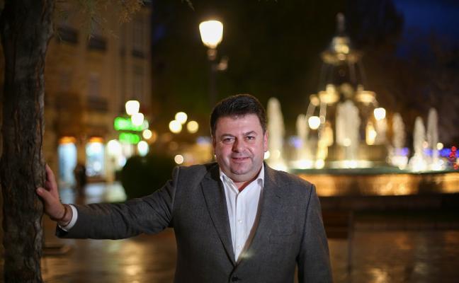 «El corto plazo lo marca el plan de ajuste, pero Granada necesita tener un recorrido de ciudad»