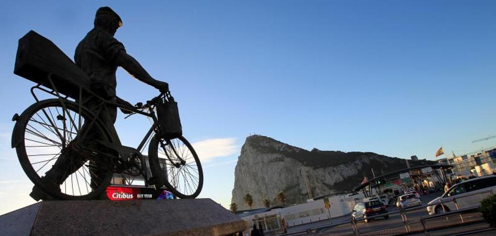 Bruselas solo incluirá Gibraltar en el periodo de transición del 'Brexit' con el permiso de España