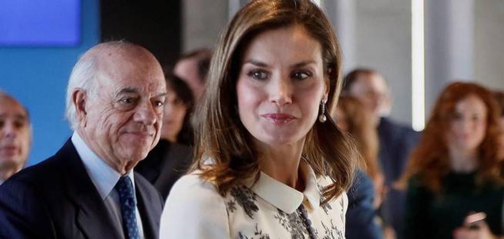 El habitual traje de la Reina Letizia que causa furor entre las mujeres