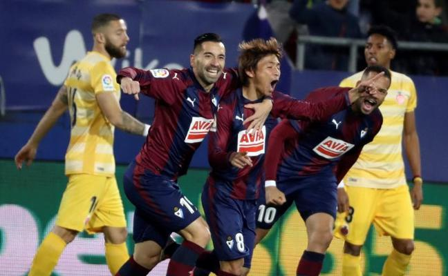 El Eibar prolonga su racha