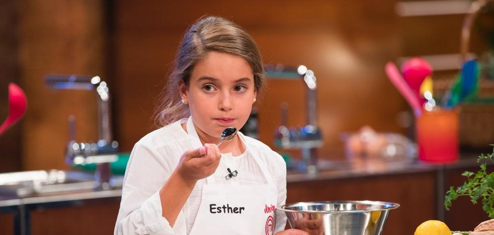 Esther, la entrañable niña granadina que conquista en 'Masterchef Junior'
