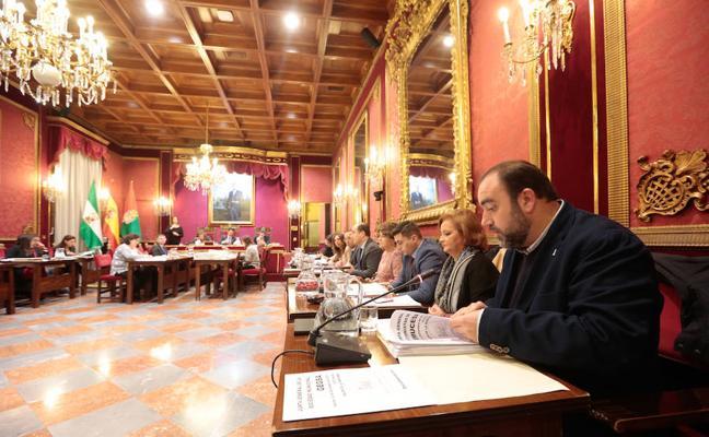 El Ayuntamiento de Granada no logra apoyos para las ordenanzas fiscales