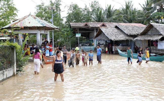 Aumentan a 200 los muertos en Filipinas por la tormenta 'Tembin'