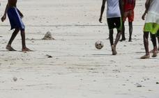 Mueren 5 niños al explotar una granada con la que jugaban en Somalia