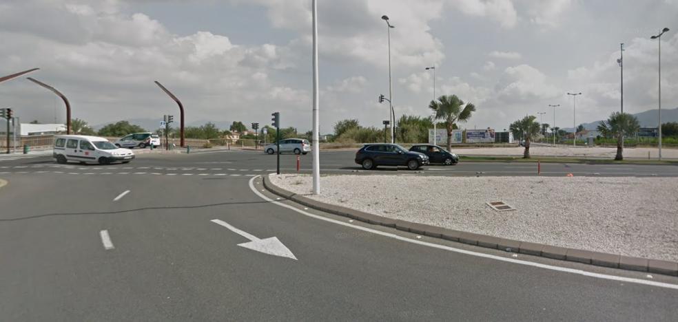 Mueren dos chicos que huían de la policía y un panadero que iba a trabajar en un accidente en Murcia