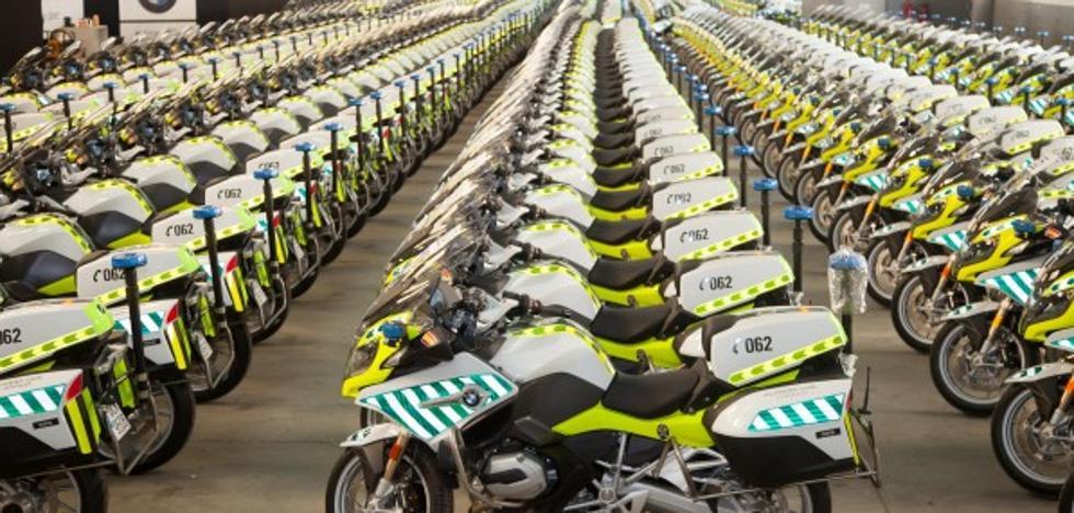 Las nuevas, flamantes y caras motos de la Guardia Civil de Tráfico que te encontrarás en la carretera