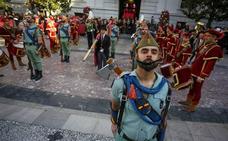 Granada mantiene los desfiles de Moros y Cristianos en La Toma