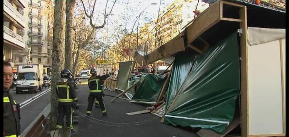 Muere un hombre al caer de un balcón por el fuerte viento