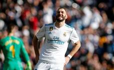 Benzema empezará 2018 lesionado