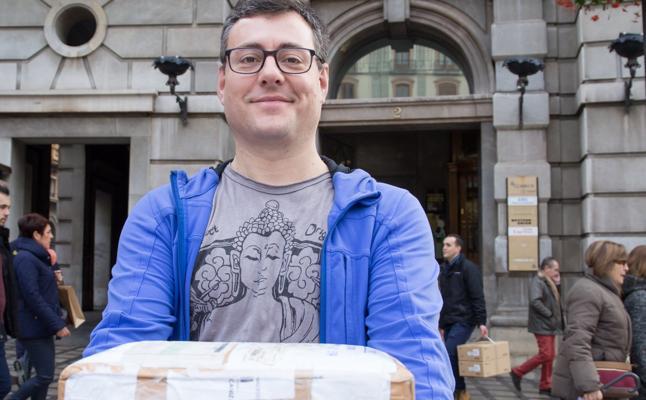 El paquete que tardó 317 días en llegar