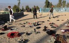 Se eleva a 18 la cifra de muertos en el ataque durante el funeral de un político en Afganistán