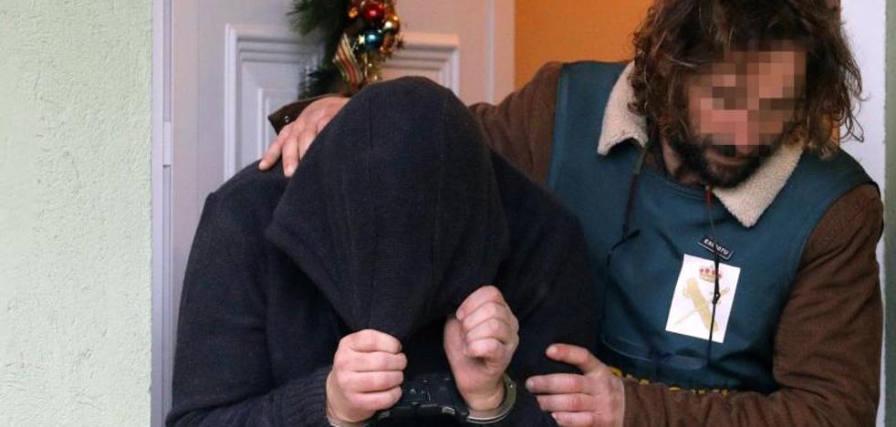 La madre de José Enrique Abuín: «Mi hijo es un monstruo, un asesino»