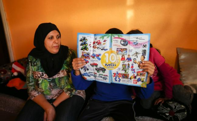 Granada tiene 57.000 niños en el umbral de la pobreza que se quedarán sin Reyes este año