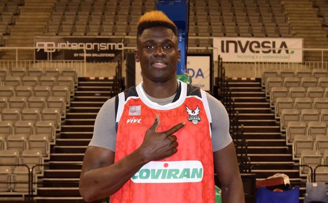 Maodo Nguirane, nuevo jugador del Covirán Granada