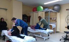El Área Sanitaria Norte de Jaén imparte una nueva Escuela de Pacientes de fibromialgia en el Hospital de Linares