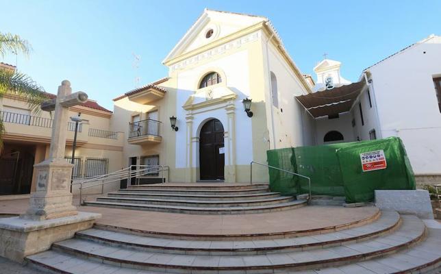 Las obras en una iglesia de Motril enfrenta a una cofradía con el Ayuntamiento