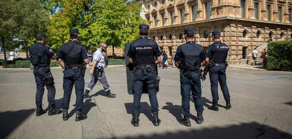 El gobierno local sube el sueldo a la cúpula de Policía Local y Bomberos