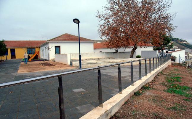 Graves daños en el parque del Cerrillo por actos vandálicos