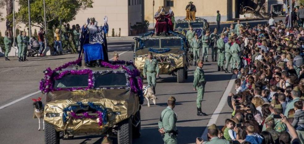 Los Reyes Magos llegan a la Base de La Legión