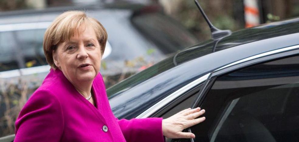 Merkel y Schulz inician con optimismo una semana clave para la formación de gobierno