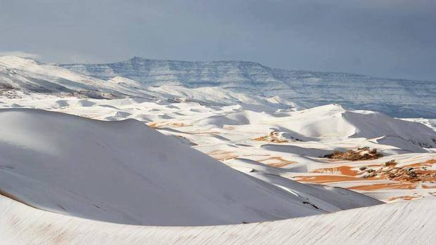 Las espectaculares fotos del Sahara nevado