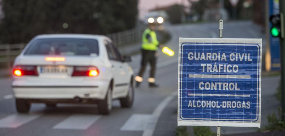 Tráfico detecta a casi 800 conductores drogados por las carreteras de la provincia en apenas un año