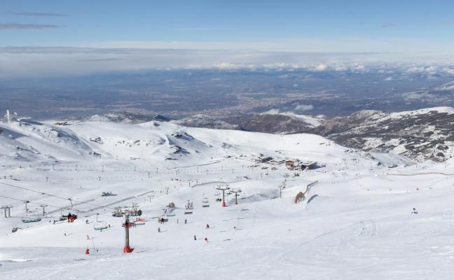 Granada sigue hoy en alerta amarilla por riesgo de nevadas