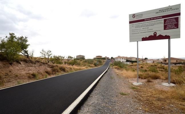 Diputación invierte 2,5 millones en mantenimiento de carreteras de Granada