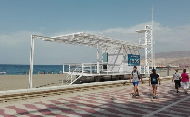 Las playas tendrán socorristas ya desde Semana Santa en los dos próximos años