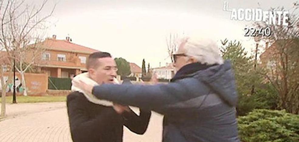 Andrés Caparrós agrede a Sergi Ferré, reportero de 'Sálvame'