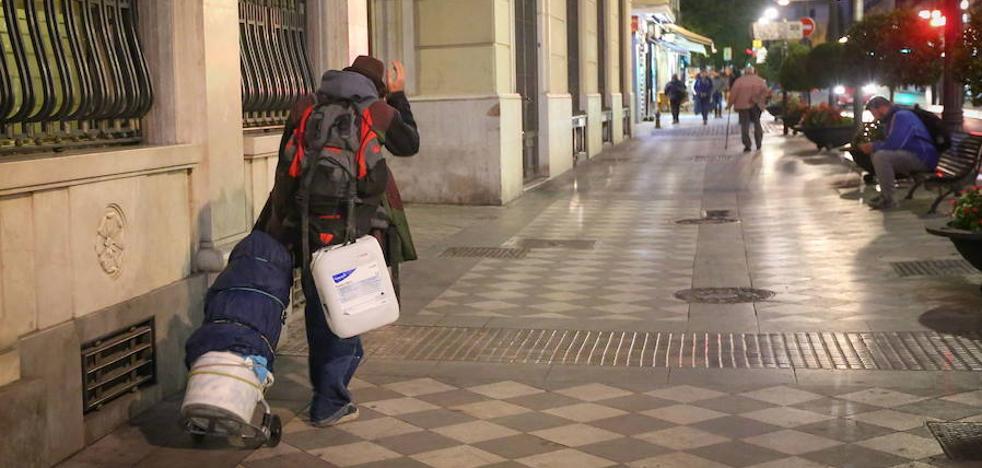 El Ayuntamiento de Granada refuerza la atención a las personas sin hogar durante los meses de frío