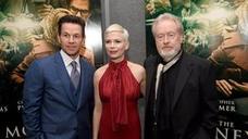 Escándalo en Hollywood: Mark Wahlberg cobró 1.500 veces más que Michelle Williams en su película