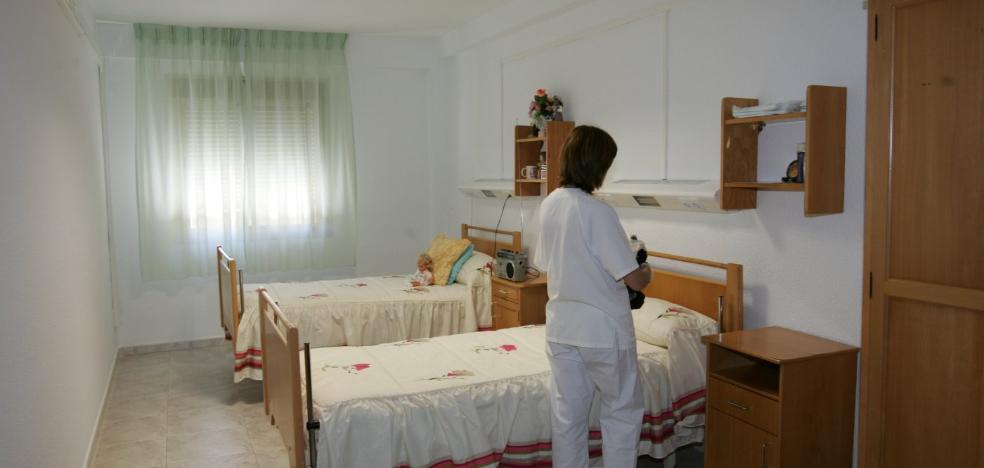Diputación recorta en casi 50 las plazas de la residencia asistida de ancianos