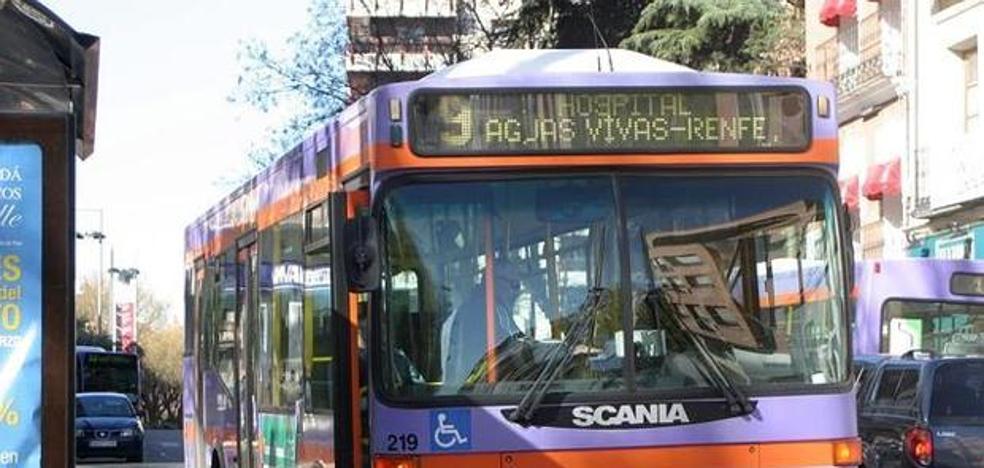 Hallan muerto a un chico de 22 años en un autobús de línea