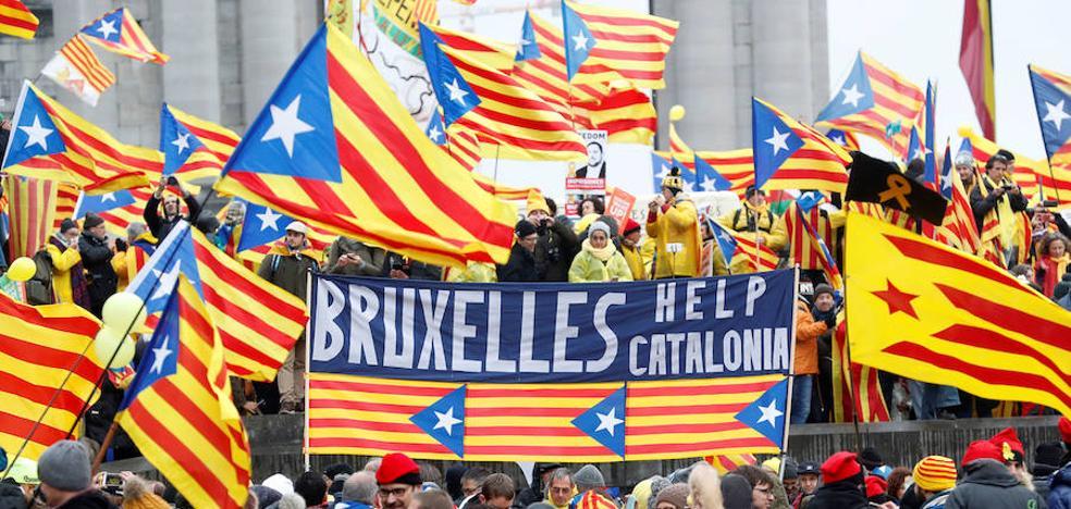 Bruselas pide al independentismo «unidad y estabilidad» frente a la «división»