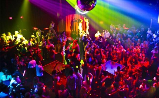 Un año de cárcel por obligar a una chica a hacerle una felación en el baño de una discoteca