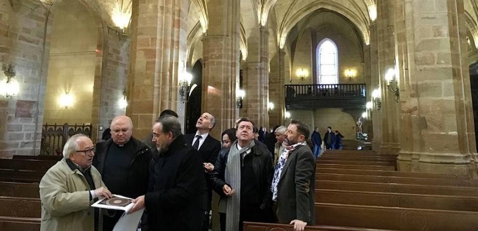 Termina la rehabilitación de la iglesia de Santa María la Mayor de Linares