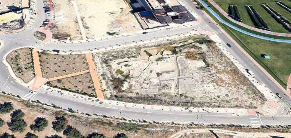 La Junta rectifica el vial que 'desafina'