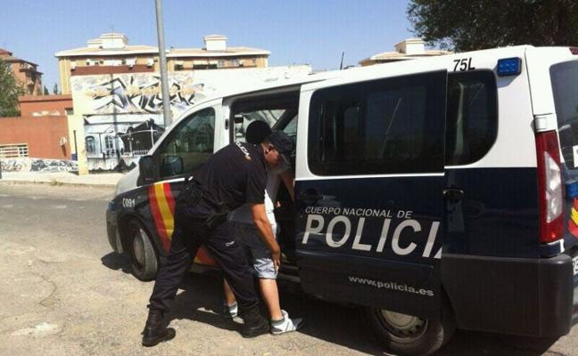 Cinco detenidos por mandar al hospital de una paliza al dueño de un pub