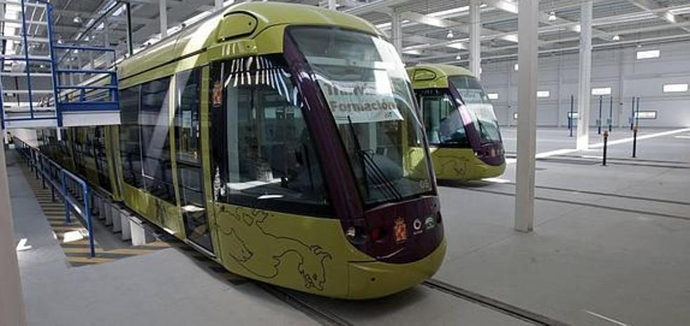 El tranvía se topa con el desacuerdo sobre la 'deuda' en la financiación de los trenes