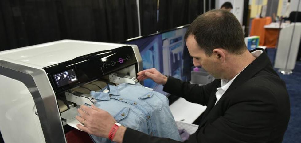 Crean un robot capaz de clasificar, planchar y doblar la ropa lavada