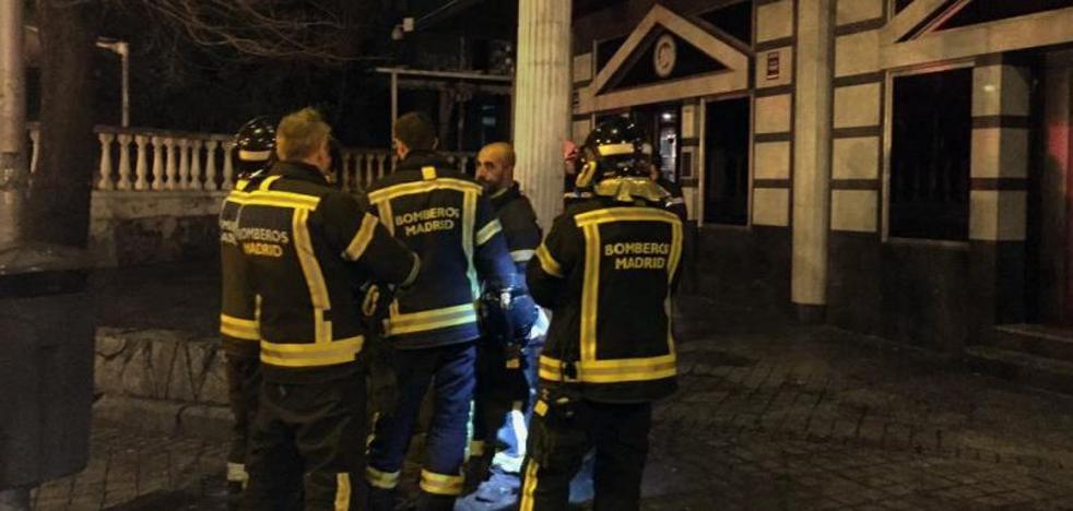 Al menos 26 heridos leves al derrumbarse el falso techo de una discoteca en Carabanchel