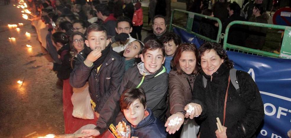 La magia de San Antón vence en una gran fiesta