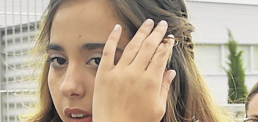 Polémica por la chirigota que ridiculiza el aspecto de Andrea Janeiro