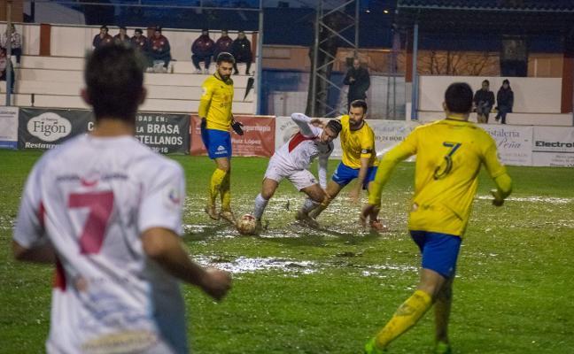 El Huétor Tájar gana y ahonda en la herida del Martos Club Deportivo
