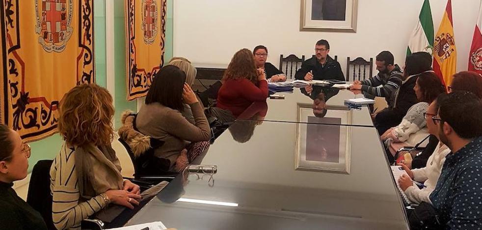 IU pide más sueldo para las empleadas de Ayuda a Domicilio