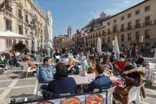 Los meteorólogos avisan: 'pequeña primavera' en Granada y parte de España desde el miércoles